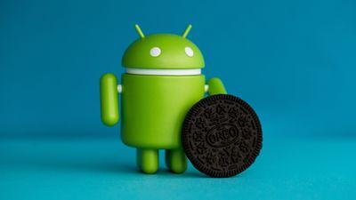 Android снимает фото и видео без ведома пользователя (видео)