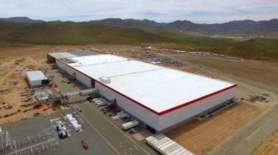 До конца года илон маск раскроет подробности ещё о нескольких заводах gigafactory