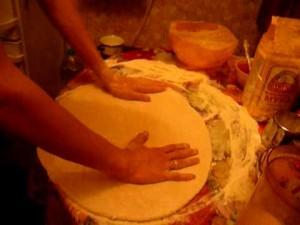 Как приготовить тесто для пиццы в домашних условиях