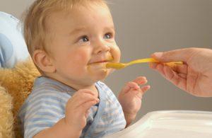Кефир как прикорм для малыша