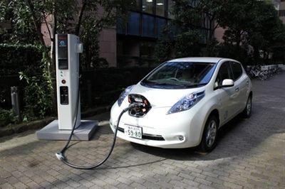Количество «заправок» для электромобилей быстро растет