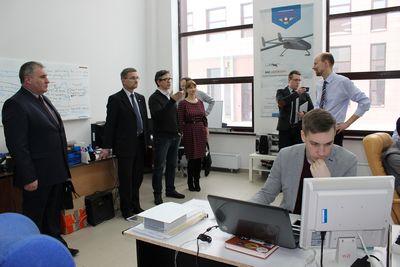 Минпромнауки приглашает молодых ученых принять участие во всероссийской выставке научно-технического творчества молодежи