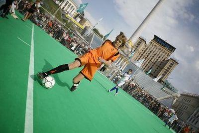 На старте второй этап чемпионата «djuice гол 2009» – городской