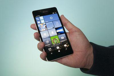 Обзор microsoft lumia 950: первый флагманский смартфон с continuum для windows 10 mobile