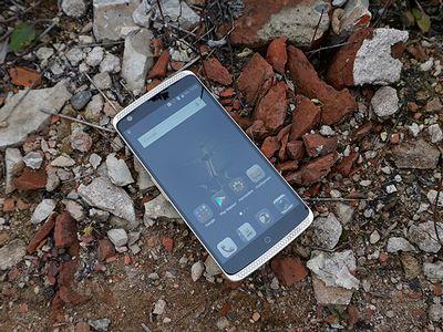 Обзор смартфона zte axon: китайский флагман со странным дизайном и мощной начинкой