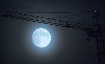 Пики вечного света на луне — лакомый кусок недвижимой собственности - «наука»