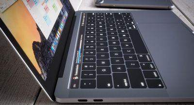 Пользователи: в новых macbook ломаются динамики из-за «кривых» драйверов